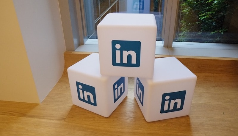 LinkedIn Updates Messaging Experience With Easier Attachment Support, Mentions, and Stretchable Compose Box