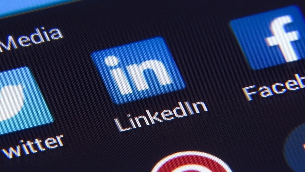 After TikTok, Apple caught LinkedIn spying on iPhone users; practice to end