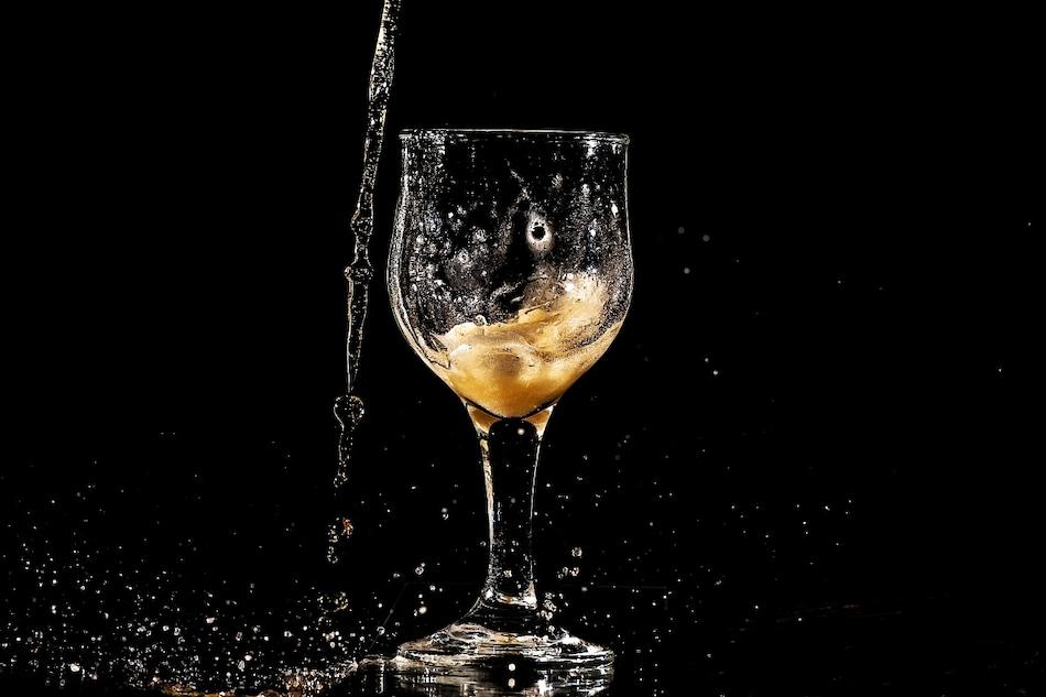 Liquor Home Delivery in Delhi: दिल्ली में आज से शराब की होम डिलीवरी के लिए लाइसेंस अप्लाई प्रक्रिया शुरू
