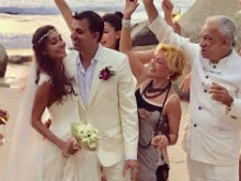 Lisa Haydon Marries Dino Lalvani. Inside Pics From Her Beachside Wedding