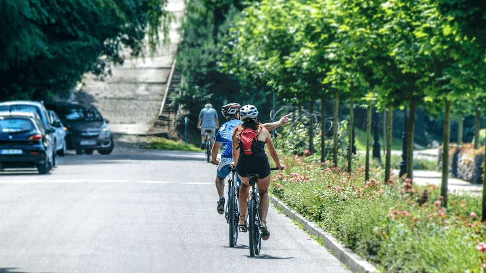 Google Maps Brings Eco-Friendly Routes, Lite Navigation for Cyclists, More Features to Reduce Carbon Footprint