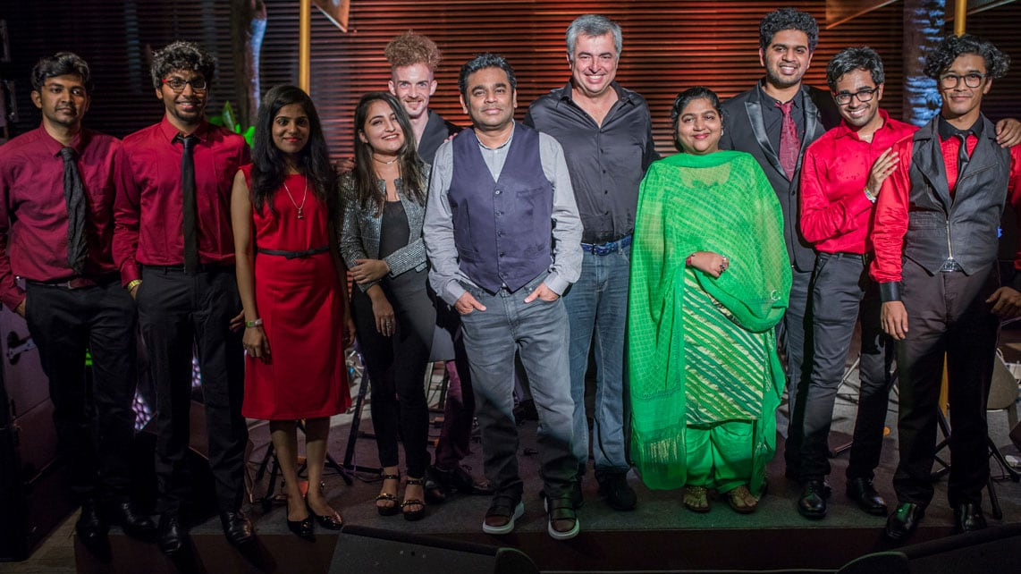 Apple and A.R. Rahman Tie Up for Mac Labs in Chennai, Mumbai