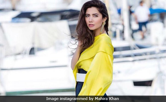 Mahira Khan looks effortlessly attractive  at Cannes