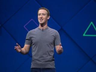 'That Backfired': Mark Zuckerberg Explains 'Lizard' Look in Live Chat