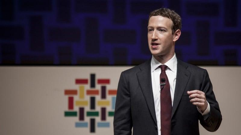 Facebook CEO Mark Zuckerberg Visits China Again, Meets Students
