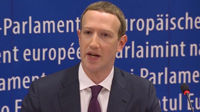 Mark Zuckerberg Halts Stock Sales as Facebook Shares Tumble