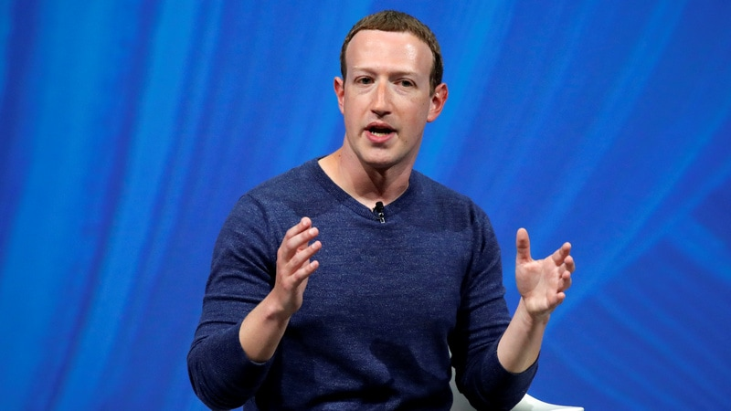 Facebook CEO Mark Zuckerberg Plans Public Debates About Tech for 2019 Personal Challenge