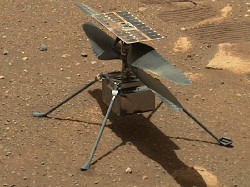 Des images 3D de l'hélicoptère Mars Ingenuity de la NASA volant au-dessus de la surface martienne vous laisseront stupéfaits