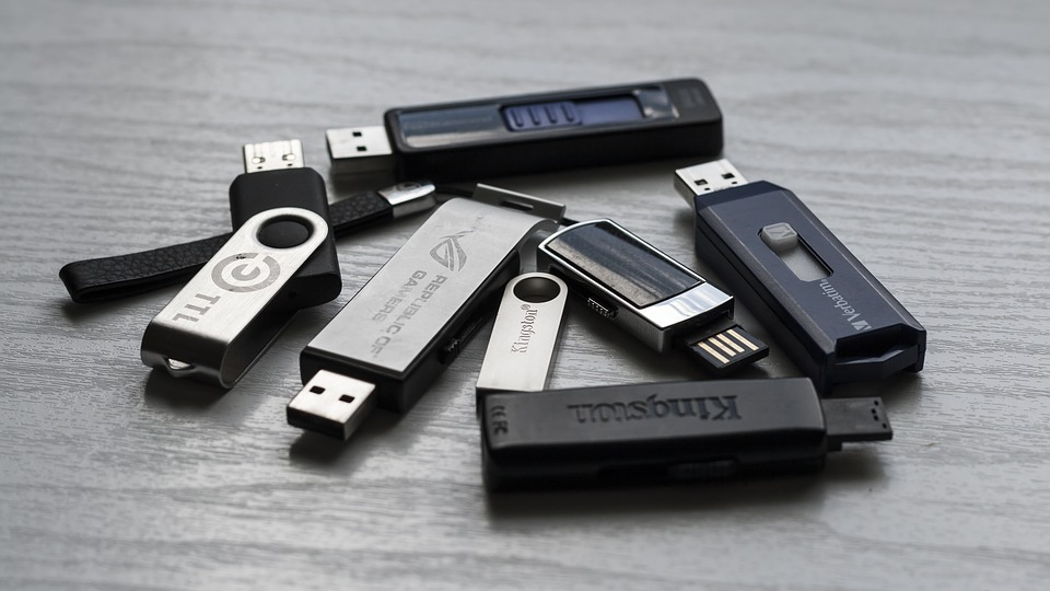 Windows 10 Switches to 'Quick Removal' for USB Drives