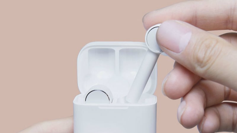 Xiaomi 'Mi AirDots Pro Earbuds' AirPods Clones, 'Xiao Ai' Smart Speaker Launched