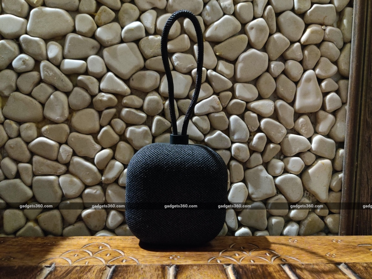 mi outdoor bluetooth speaker review strap Xiaomi Mi Outdoor Bluetooth Speaker