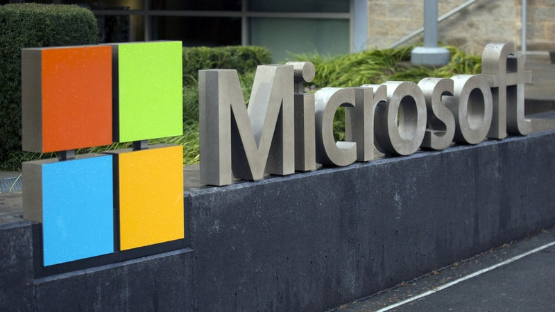 Microsoft's Head of Devices Considers It a 'Responsibility' to Help You Unplug