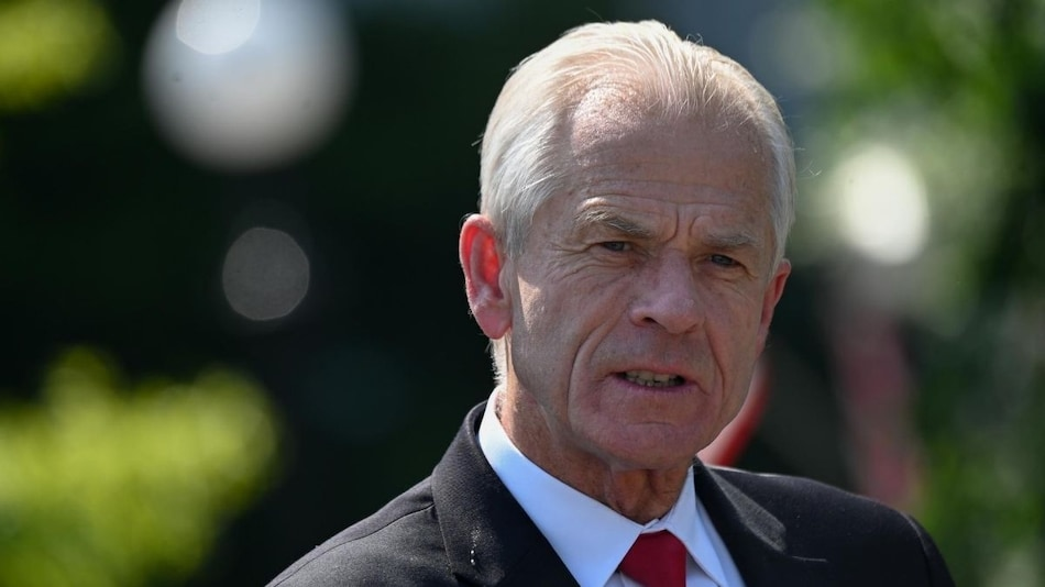 Microsoft Could Divest China Holdings, Suggests White House Trade Adviser Navarro
