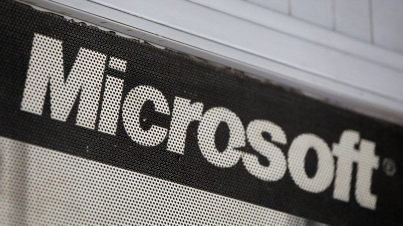 Microsoft, Intell Community Ink Cloud Services Agreement