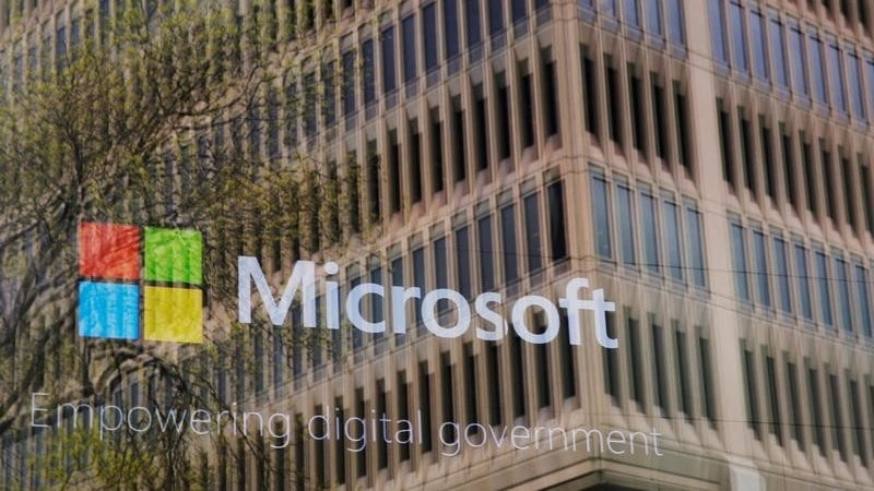 Microsoft Now Requires US Suppliers to Offer 12 Weeks of Parental Leave