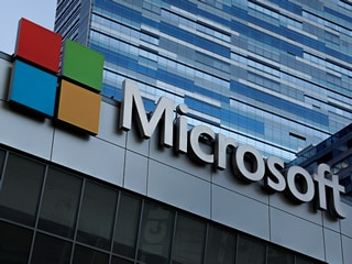 Microsoft Quarterly Profit Soars on Cloud Services, LinkedIn Growth