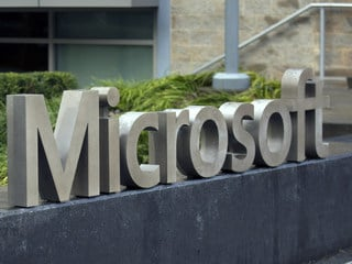 Microsoft, Amazon Pledge to Work With Pentagon Following Anonymous Online Rebukes