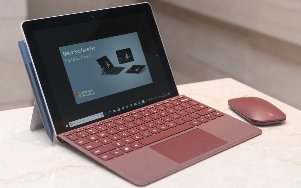 Microsoft Planning 9-Inch Foldable Surface Tablet That Runs Android Apps: IHS Markit