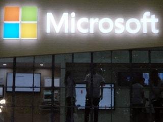 Microsoft Said to Plan Sales Reorganisation Focused on Cloud