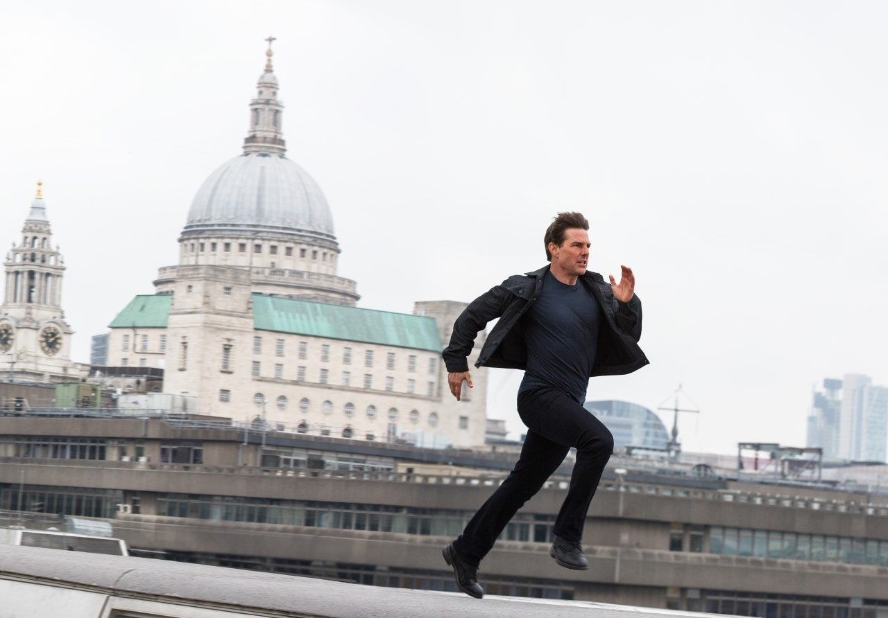 mission impossible fallout tom cruise rooftop Mission Impossible Fallout
