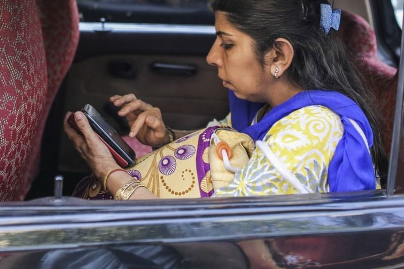 India's Mobile Subscriber Base Hits 953.8 Million in October: COAI