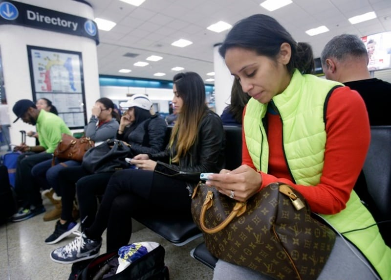 DoT Moves Proposal for Allowing Wi-Fi Services in Flights