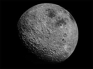 NASA Urges Private Companies to Gather Moon Rocks for It