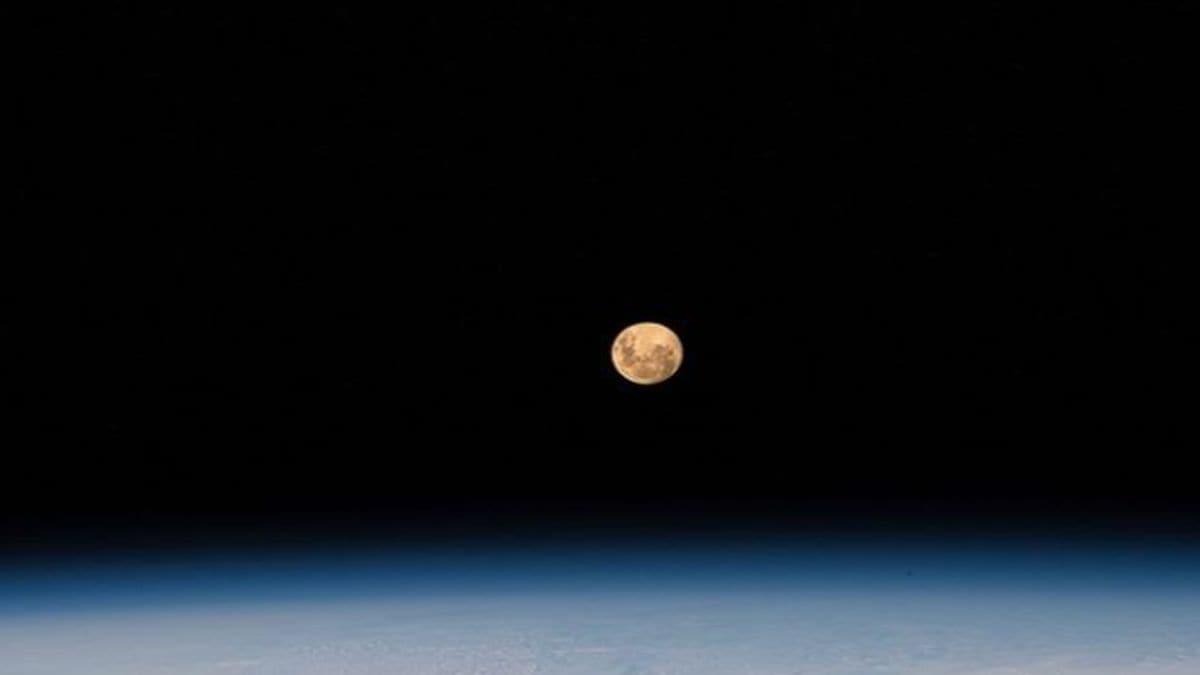 moon_nasa_1619775459576.jpg