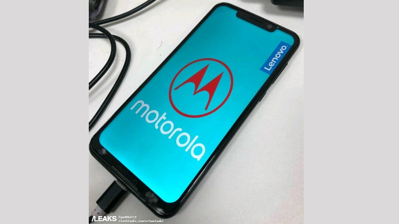 Motorola One Power With Display Notch Leaked in Live Image