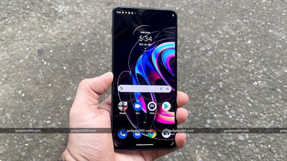 Motorola Edge 20 Pro First Impressions: Ready for the Big Leagues?