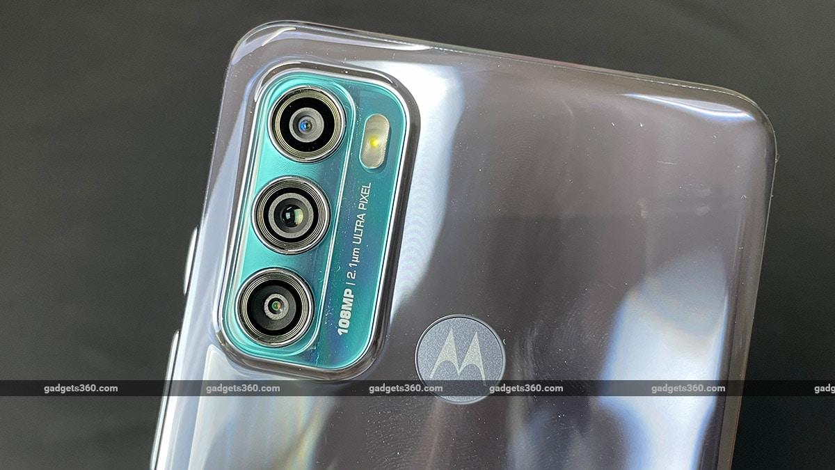 موتورولا موتو G60 إعداد الكاميرا الثلاثية Motorola Moto G60 First Impressons