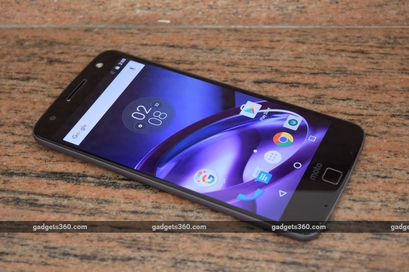 motorola upcoming phones 2017. moto z (2017) image leaks with new fingerprint sensor; snapdragon 835 soc expected motorola upcoming phones 2017