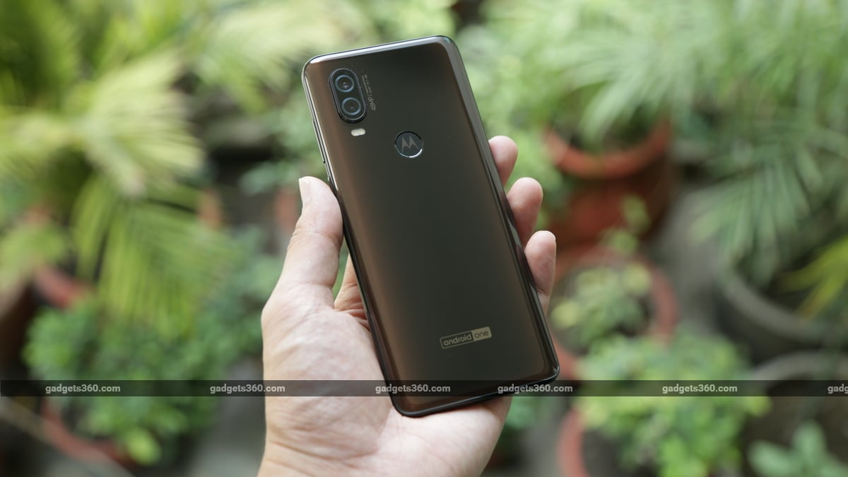 Motorola One Vision Bronze Gradient Variant Now on Sale in India via Flipkart