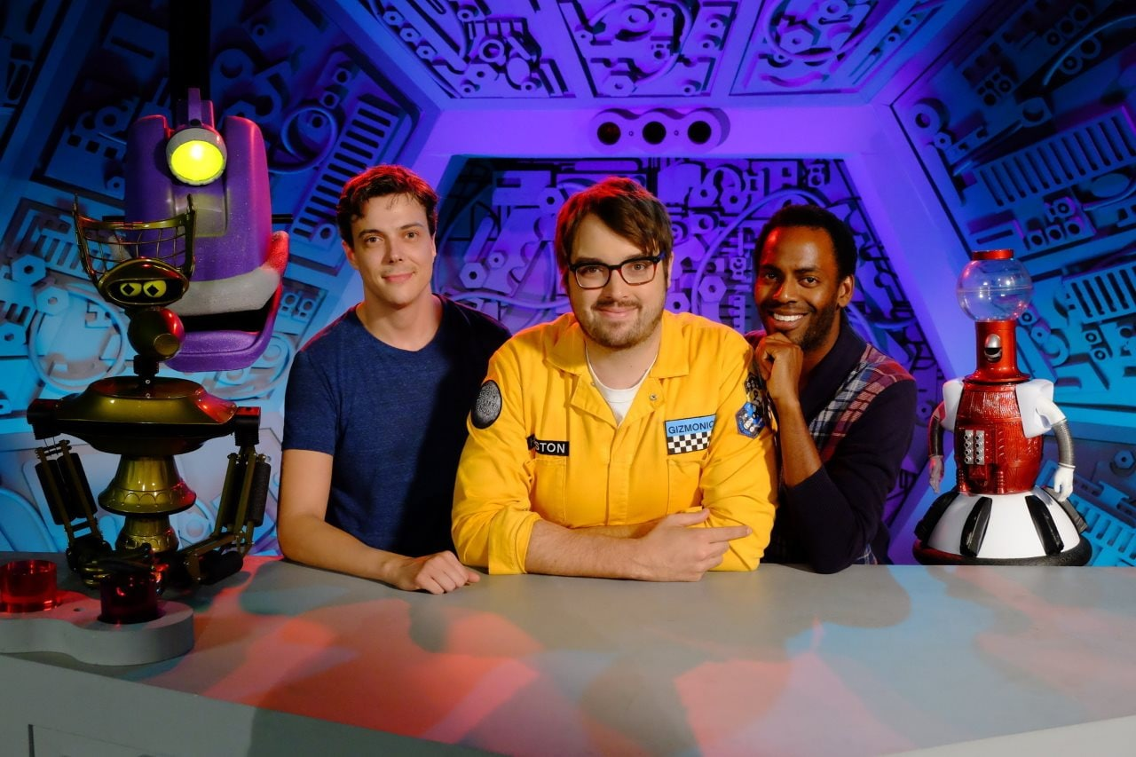 Netflix's Mystery Science Theater 3000 Revival Is Witty and Packed With Jokes Like You'd Expect