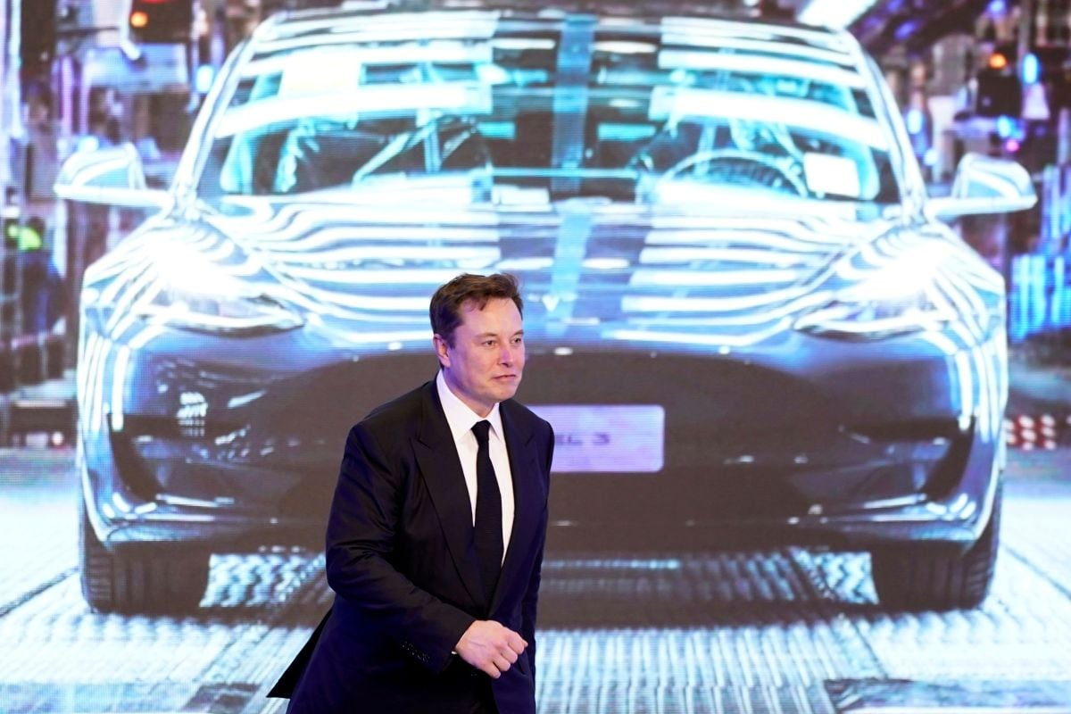 Tesla's Value Drops $50 Billion as Musk's Promised Cheaper Battery 3 Years  Away | Technology News