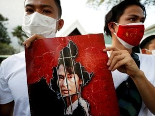 Myanmar Coup: Twitter, Instagram Banned After Facebook and WhatsApp as Protests Spread