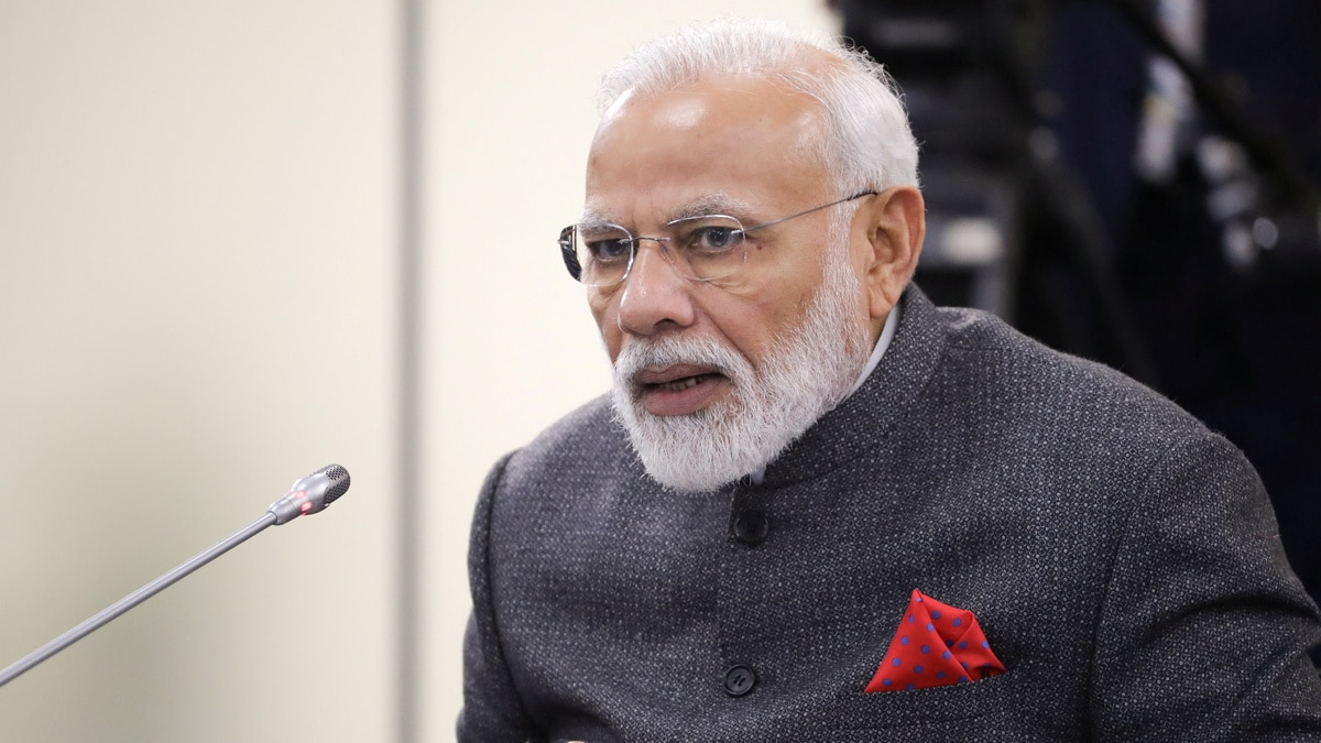 PM Modi Appreciates Student Idea at Singapore-India Hackathon