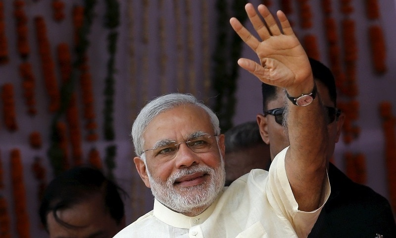 PM Modi Asks Youth of the Nation to Help Make India a Cashless Society