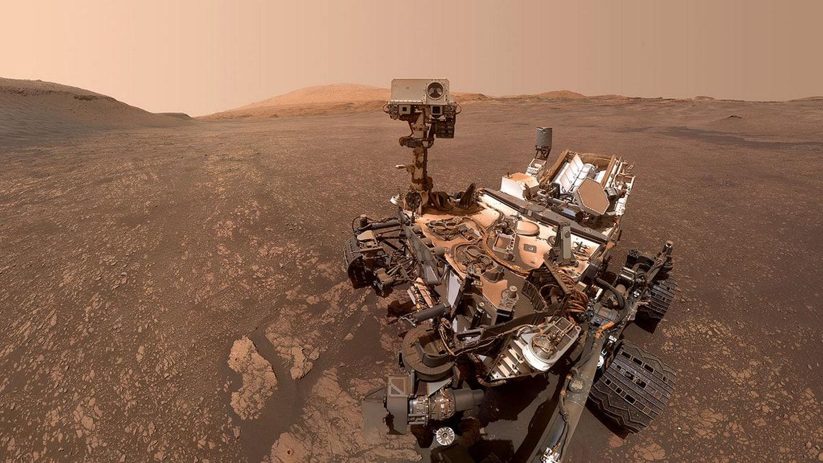 NASA's Curiosity Rover Finds Clay Cache on Mars