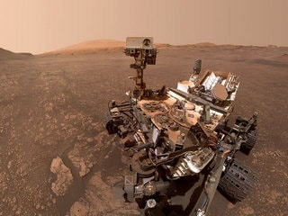 NASA's Curiosity Rover Finds Clay Cache on Mars