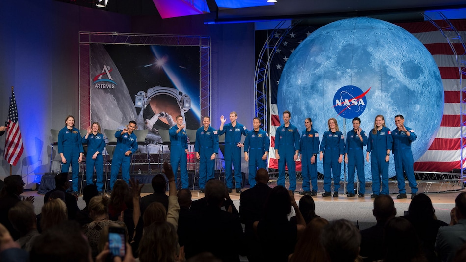 NASA Announces First SpaceX Crewed Flight for May 27