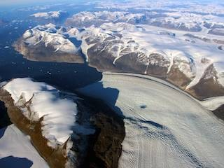 NASA Says So Much Water Pulsed Through a Melting Glacier, It Warped Earth's Crust