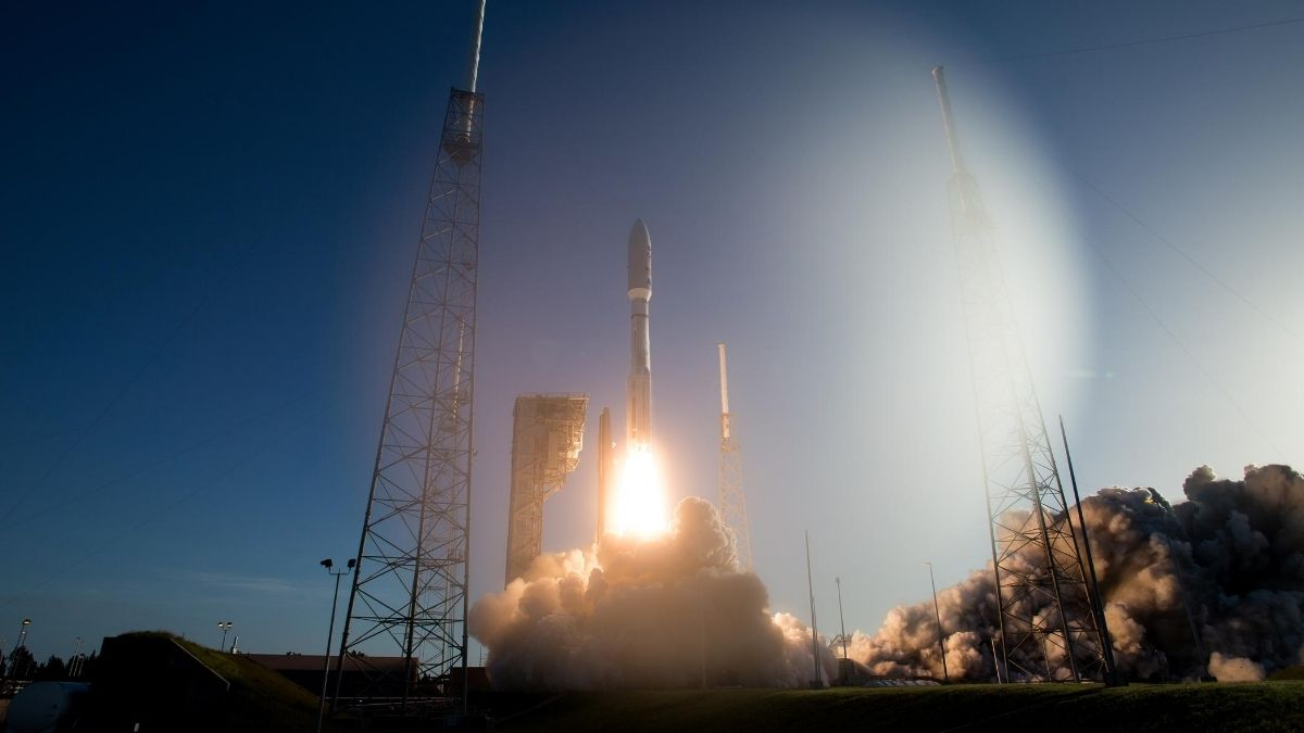 ULA's Atlas V Rocket Launches NASA's Perseverance Rover for Mars 2020 Mission class=