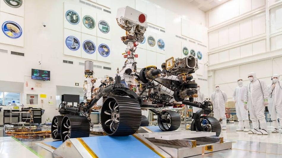 NASA's Next Mars Rover Perseverance Honours Medical Teams Fighting Coronavirus