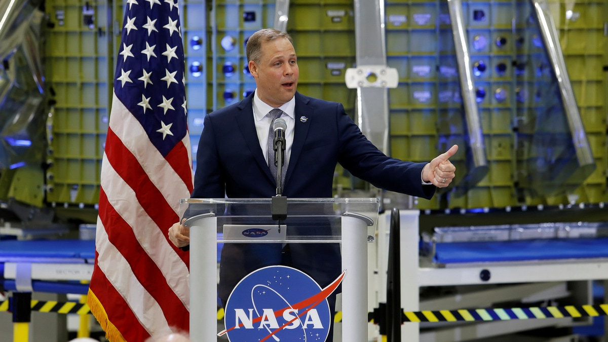NASA Shakeup Begins as Space Agency Scrambles to Meet Trump Moon Mandate