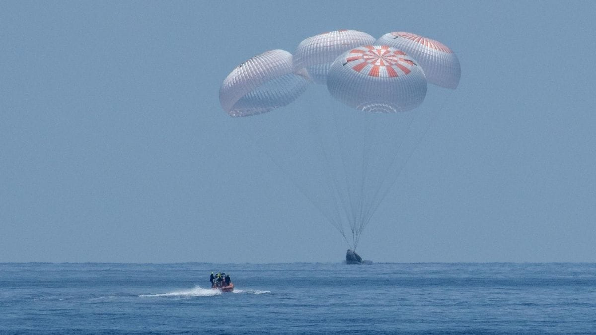 nasa spacex splash down nasa SpaceX  NASA  Crew Dragon