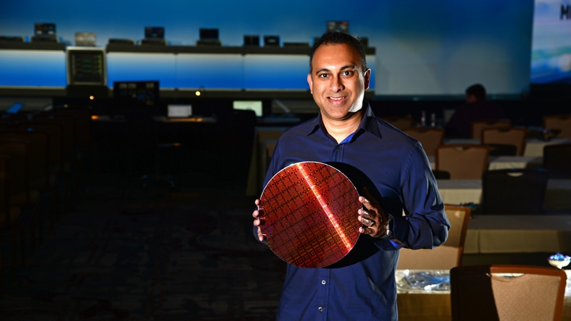Intel Unveils New Server Chips Aimed at Keeping Its Lead