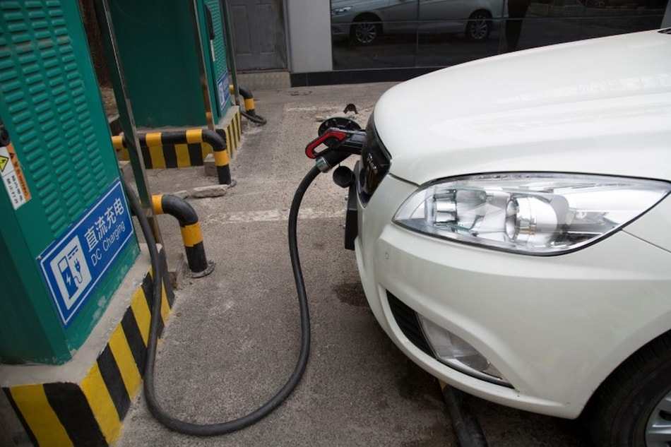 China New Energy Vehicle Sales to Grow Over 40 Percent per Year in Next 5 Years: Industry Body