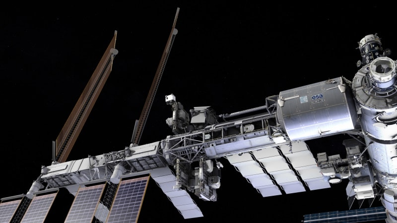 SpaceX Dragon Headed to The International Space Station class=