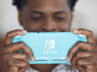 Nintendo Switch Lite Up for (Unofficial) Pre-Orders in India: Price, Release Date
